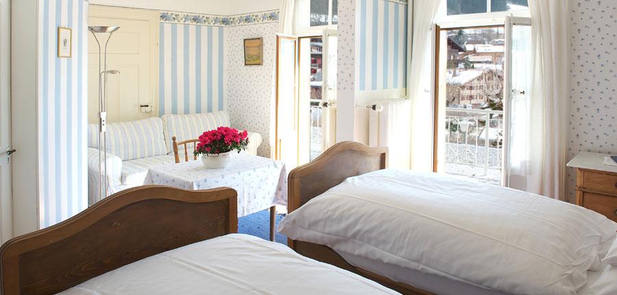 Switzerland_Wengen_Hotel-Falken_Superior-bedroom-south-facing.jpg